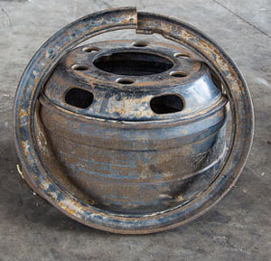A multi-piece wheel is depicted here.
