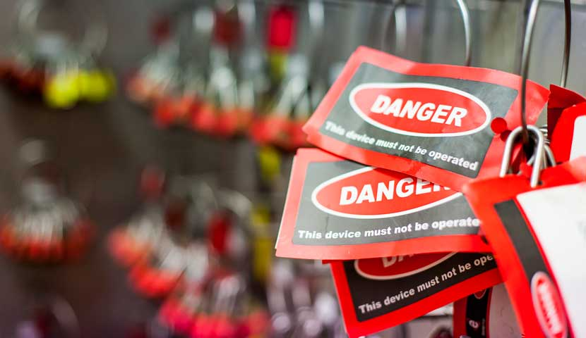 Danger tags - this device must not be operated